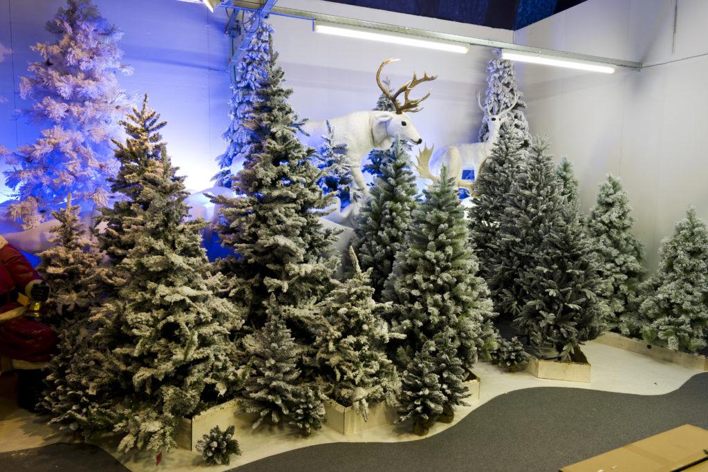 Alberi Di Natale In Vendita.Alberi Di Natale Artificiali 2020 Natale Agribrianza